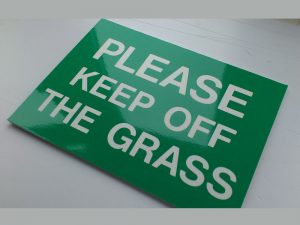 KEEP OFF THE GRASS, Sign